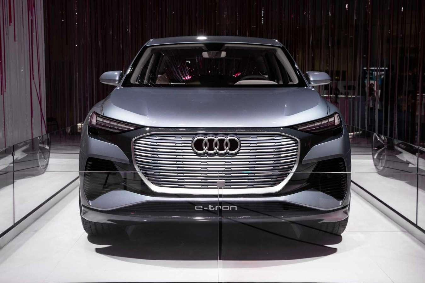 Audi Q4 Sportback e-tron concept (2020) : J-1 !